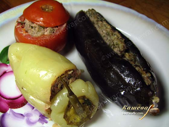 Dolma of eggplants, tomatoes and peppers recipe with photo Azerbaijan ...